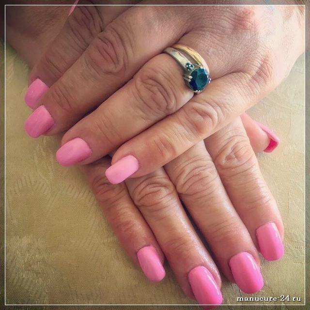 Какой дизайн подойдет для ногтей квадратной формы?