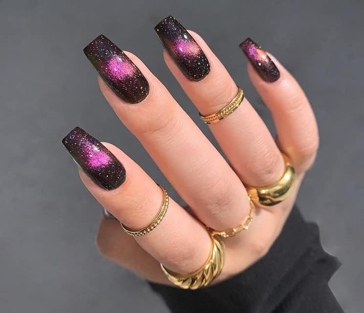 Модные черные ногти 2021: 20 новых свежих вариантов