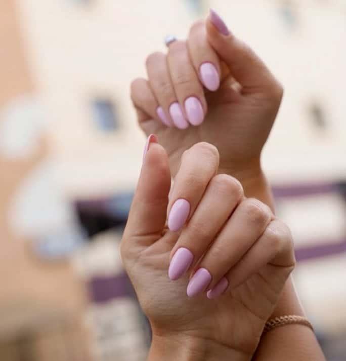 Овальные ногти 2021-25 удивительных модных дизайнов и техник